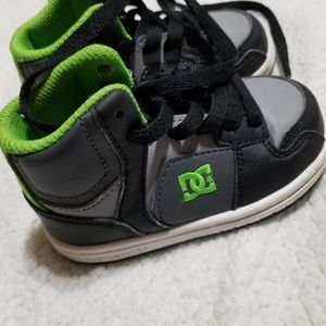 Shoes toddler size 6